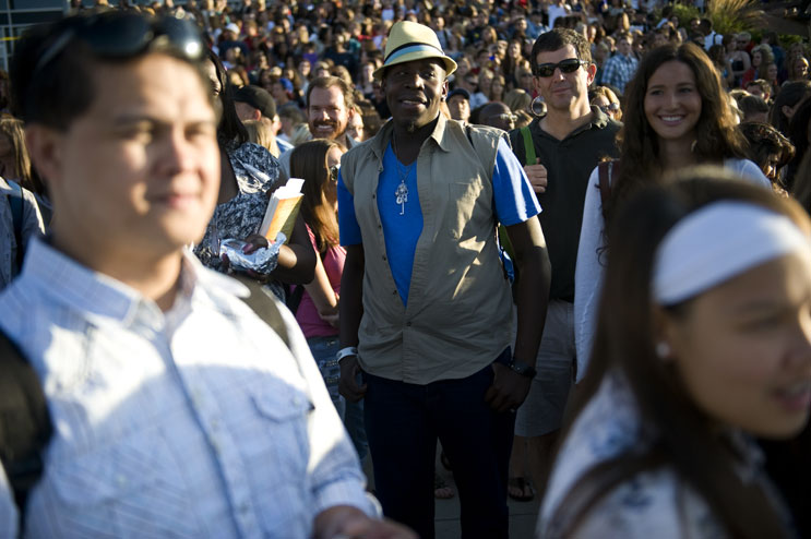 Potential contesters line up in front of Invesco Field at Mile High before the American Idol Season 11 auditions in Denver, Friday, July 29, 2011.